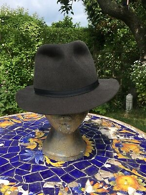"""Lock & Co Rabbit Felt """"Voyager"""" Trilby Size 71/8 58 Hat With Travel Bag."""