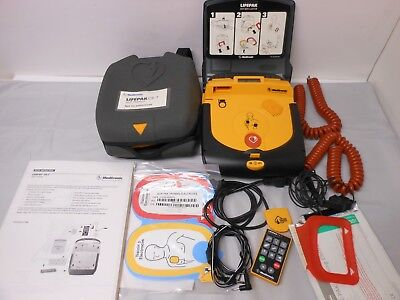 LIFEPAK CR-T AED CPR Defibrillator Trainer Medtronic NEW OPEN PACKAGE