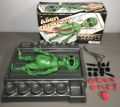 Vintage 1997 Alien Anatomy Game by WPF 100% Complete! Green Rubber Body UFO