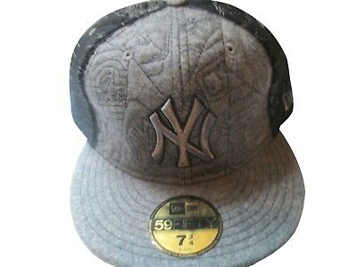 Official NY New York Yankees New Era MLB Vintage Look Wool 59FIFTY Fitted  Hat beb73ef9e65d