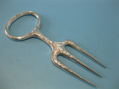 Nice Quality Vintage Ornate Art Nouveau Silver Plate 3 Prong Meat / Bread Fork