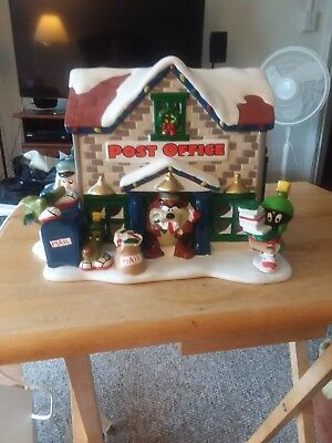 Warner Brothers Looney Tunes Christmas Lighted Post Office