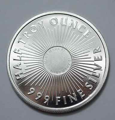 One 1/2 Oz.999 Fine Silver Eagle Round Coin Sunshine Minting Half Troy Ounce