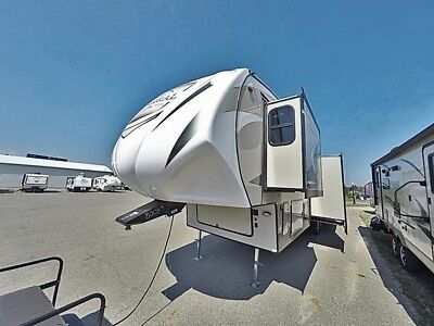Brand new Chaparral 360IBL mid bunk 5th wheel on sale now
