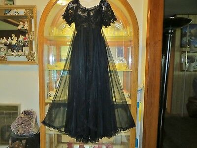 Vtg. Tosca Long Black Double Nylon Chiffon Lace Nightgown & Peignoir Set-L