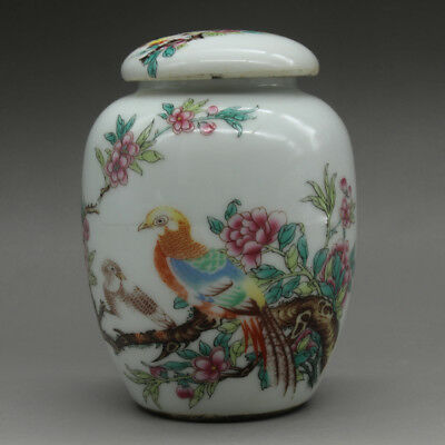 Chinese old hand-carved porcelain famille rose flower bird pattern tea caddy c01