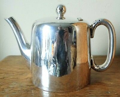 LOVELY VINTAGE 1930-50s Walker & Hall SHEFFIELD SILVER PLATED 1 1/2 Pint TEA POT