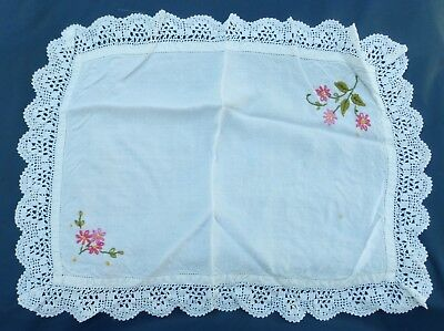 """VINTAGE embroidered lace edged cloth (VE60) tray dressing 50 x 38 cm 20 x 15"""""""