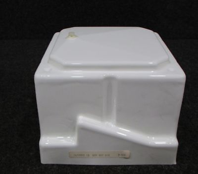 1470090-10 Cessna BTM Batt. Box (NEW OLD STOCK)