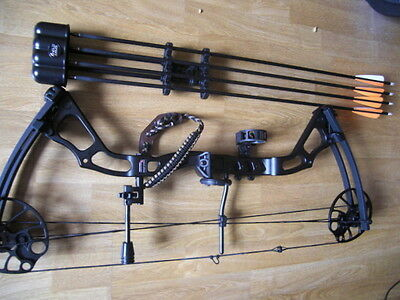 Anglo Arms 15-70 LB Black CHIKARA Compound Bow Set + 4 Carbon Arrows NO RESERVE