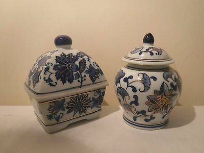 A pair of lovely Blue and White lidded pots