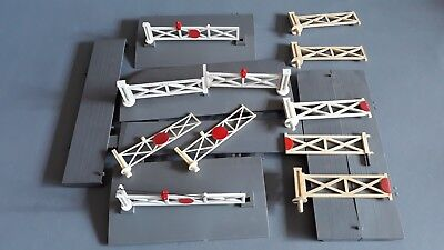 Triang Level Crossing Spares As Shown Good Condition Unboxed Oo Gauge(Mx)