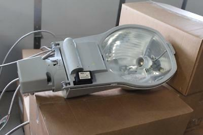 American electric lighting yard light street light N.O.S 2015s RN 120 R2 FG