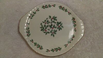Christmas mini cake serving dish cupcakes appetizers Formalities holly & berry
