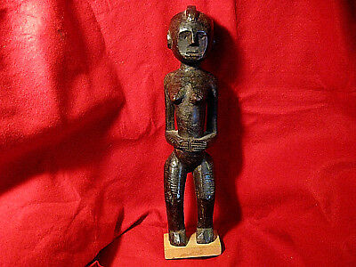 Antique Fertility Goddess Statue Tall Carving Sculpture African