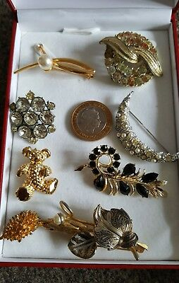 Collection of Eight 8 Vintage Antique Brooches Pin