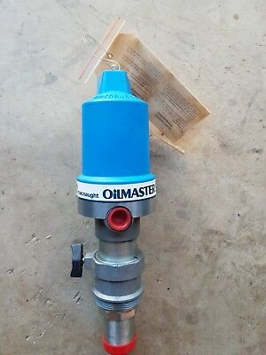 Macnaught OILMASTER 5:1 Air-Operated Drum Pump T512T-01