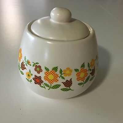 McCoy Sugar Bowl with Lid Gingham Garden flowers 7020 USA pottery vintage