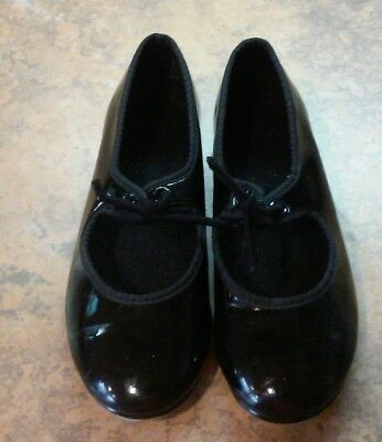 tap shoes size 9 kids, black patent and ready to wear!
