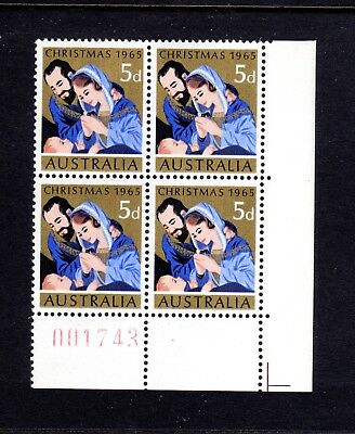 1965 **MUH** 5d CHRISTMAS - CORNER BLOCK of 4 on a LOW Numbered SHEET : 001743