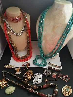beautiful vintage 20 item lot of jewelry... All wearable