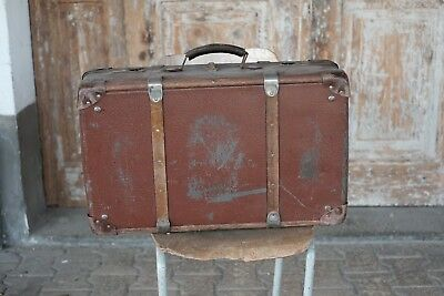 Vintage bag with wooden trim luggage