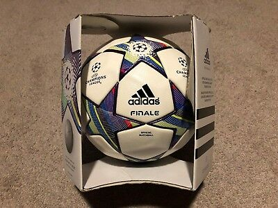 Fußball Adidas Final Wembley LCH 2013 Official Matchball Size 5 with box new  Z20578 OMB