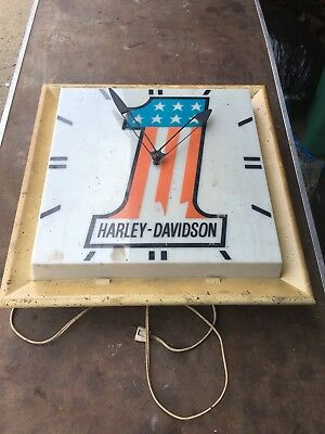 Vintage 1970's 1980's   Lighted Advertising HARLEY DAVIDSON DEALER?  Clock