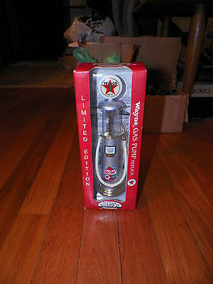 "Wayne Gas Pump Replica ""Texaco"" By Gearbox Collectibles Die Cast Metal 1997"