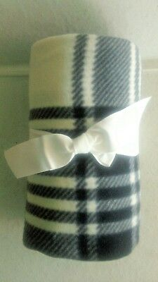 """Essential Home Black White Plaid Fleece Blanket Throw, 50"""" x 60"""", New with Bow"""