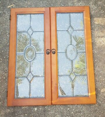 2 x cupboard doors lead light and decorative glass inserts