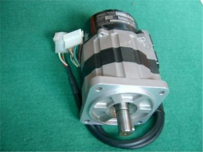 Used Omron Servo Motor R88M-H20030 Tested ws