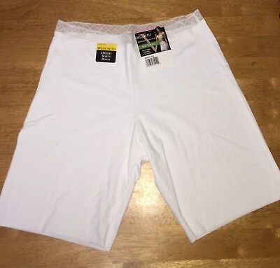 Vassarette  Invisibly Smooth Slip Short - White Ice - New - See Size Choices