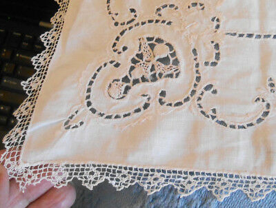 Mint Vintage Cut Work Runner Doiliywith Lace Trim No Flaws