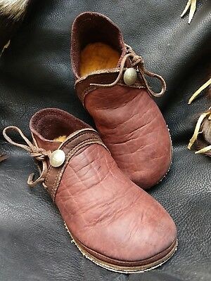 Vintage Bald Mountain Handmade Buffalo Leather Moccasin Boots w/ Coin Button