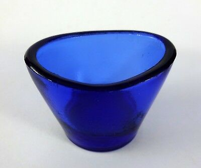 Antique Oval Glass Eye Cup For Bath & Wash - Blue Color