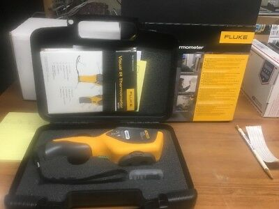 FLUKE VT02 Visual IR Thermometer with Case