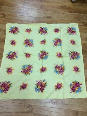 Vintage Retro Floral Pretty Supercloth Tablecloth
