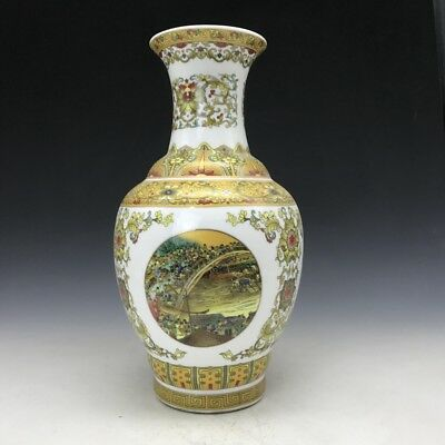 Collection Chinese porcelain hand-painted flower vase qianlong mark a52