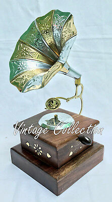 Beautiful Vintage Antique Brass Gramophone Phonograph Collectable Home Decor