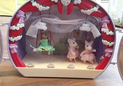 Sylvanian Families Angelina Ballerina And Princess Stage Theatre