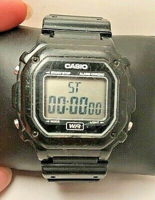 Casio F108WH-Digital Wrist Watch 30m Water Resistance - Black- H444