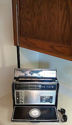 Vintage Zenith Trans-Oceanic Royal D7000Y 11-Band World Wide Radio W/manuals