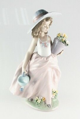 """LLADRO """"A Wish Come True"""" 7676 Girl with Flowers and Watering Can Retired"""