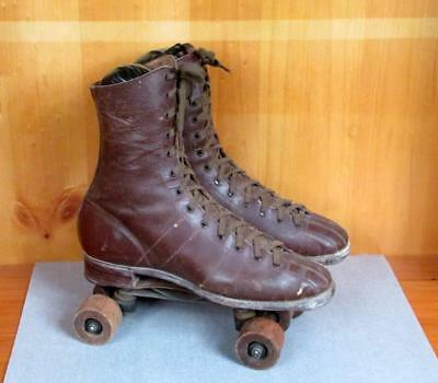 Vintage 1930s Brown Leather Roller Skates Derby Sz.9 Wooden Chicago Wheels No.87