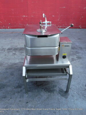 Groen TD/FPC  Braising Pan, Electric, 10-Gallon Capacity with stand