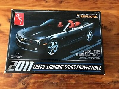 AMT Chevy Camaro SS / RS Convertible 1/25 scale Model Kit NEW Unbuilt Showroom
