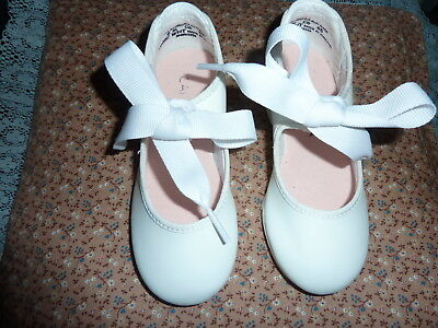 Little Girls sz 8 m Capezio White Tele-Tone Tap Dance Shoes Never Used