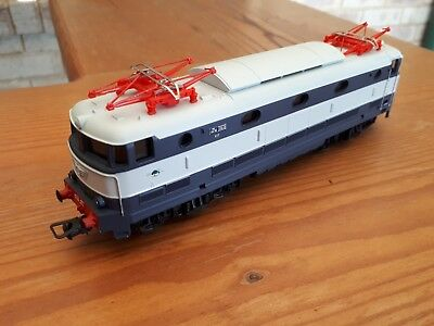 Lima Class E444 electric outline DC loco. HO scale.