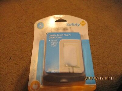 Safety 1st Double-Touch Plug 'n Outlet cover 2 pack